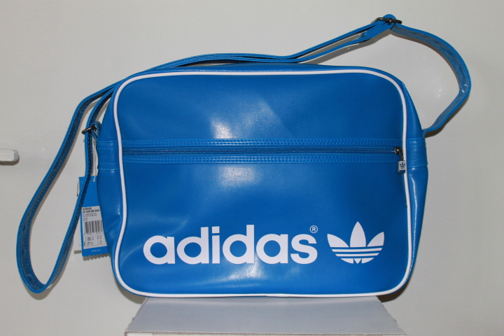 adicolor airline adidas tasche sporttasche reisetasche. Black Bedroom Furniture Sets. Home Design Ideas